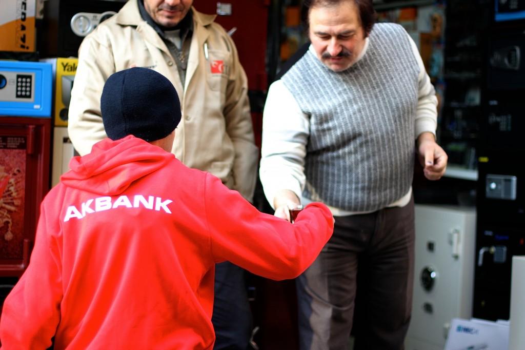 akbank-esnaf-kardesligi_cay_dogrudan_esnaf-kardesligi