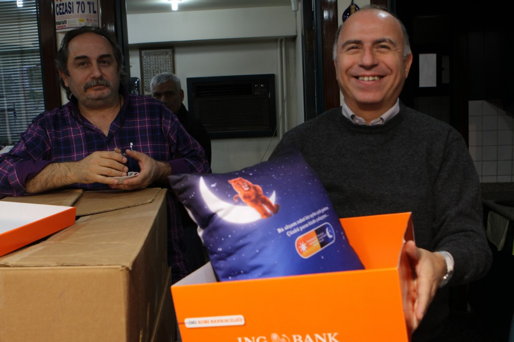 ing-bank_guerilla_direct-marketing_gerillapazarlama_no-comment_dogrudan-pazarlama