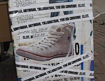 converse_guerilla-marketing_gerilla-pazarlama_street_wild-posting_sticker-1