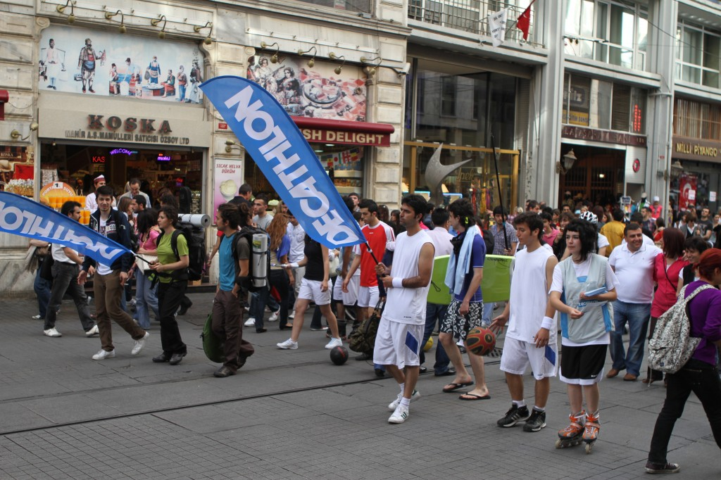 decathlon_guerilla-marketing_turkey_flash-mob_gerilla-pazarlama_turkiye-2