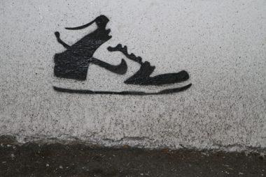 nike-dunk_guerilla-marketing_gerilla-pazarlama_street_stencil_no-comment_istanbul_turkey-1